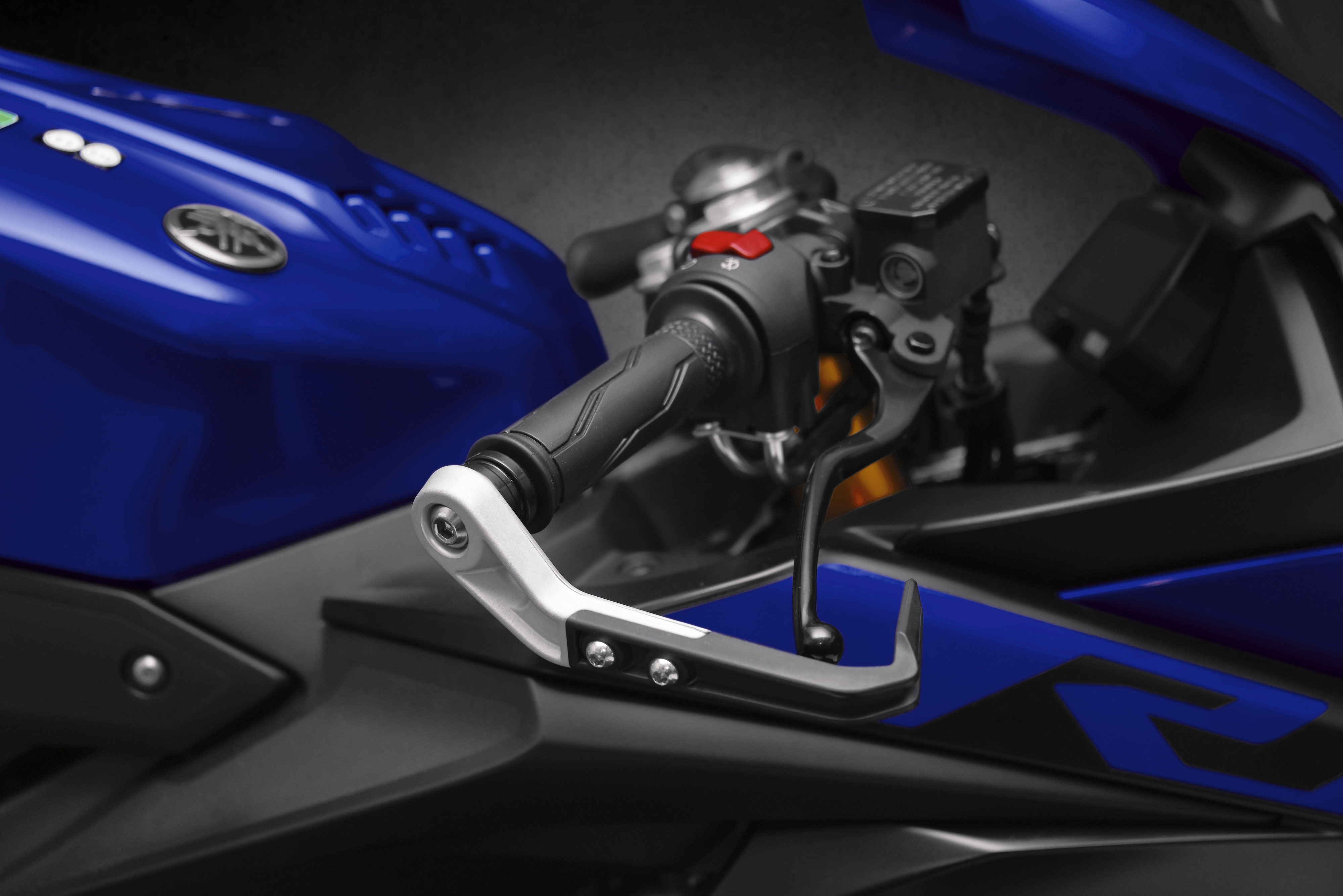 R125 brake