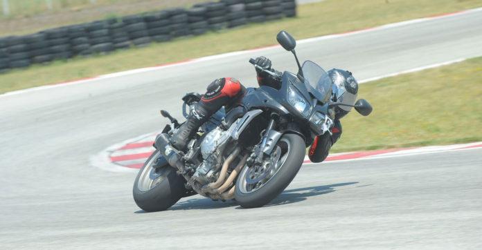 Predstavljamo polovnjake: Yamaha FZ1 iz 2008. godine