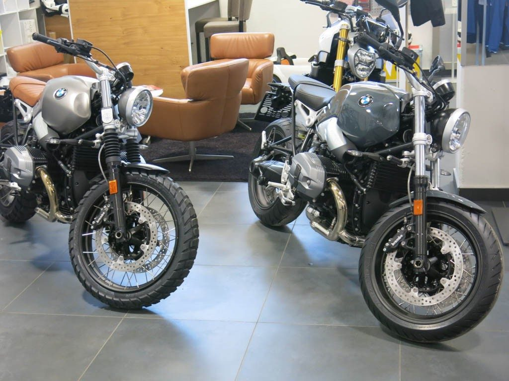 BMW R nine