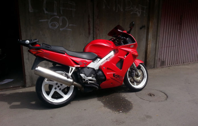 Honda VFR 1998