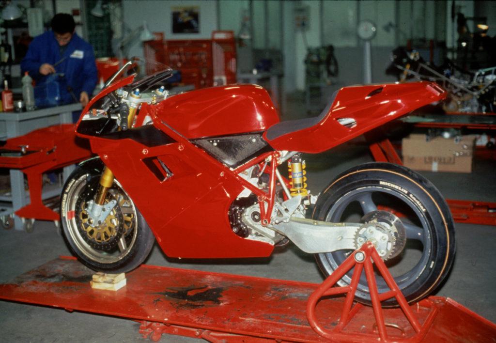 Prototip Ducati 916