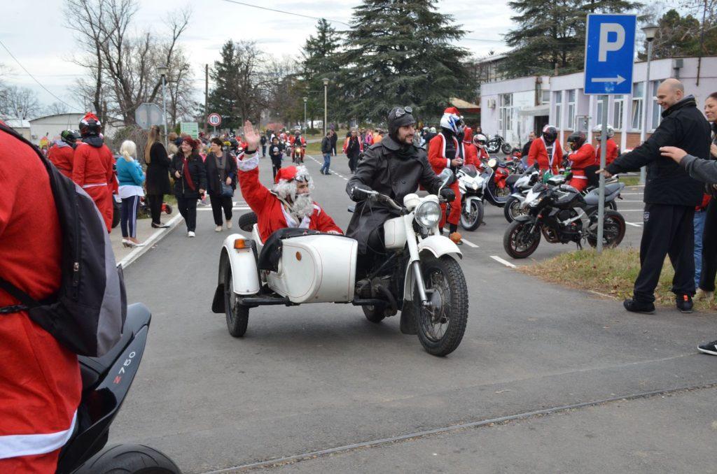 Moto Deda Mraz