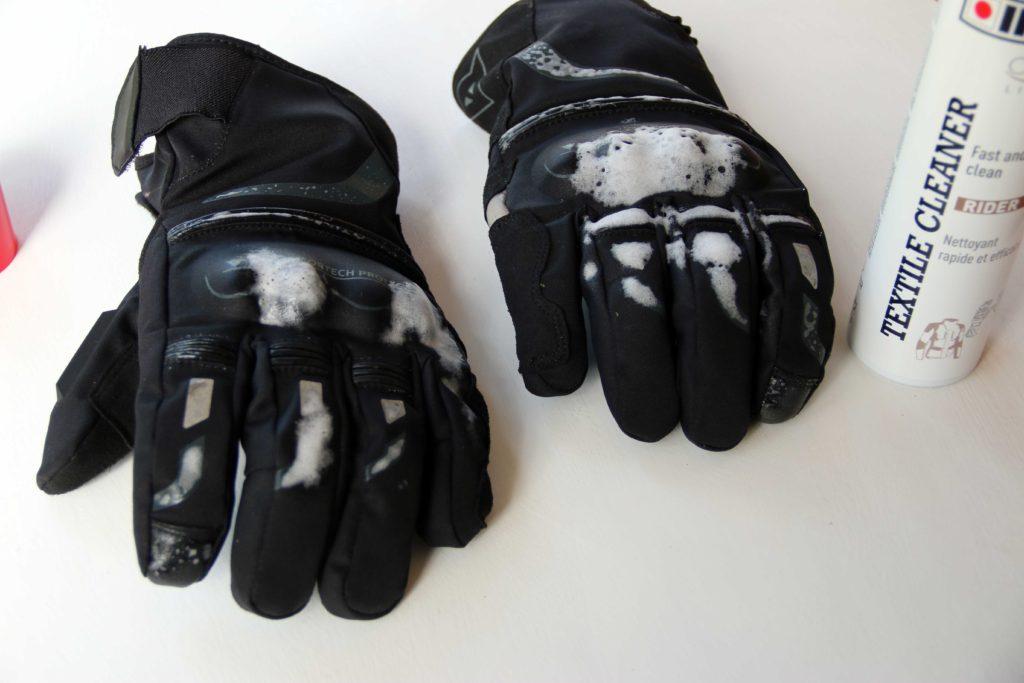 Kako da lako očistite tekstilnu opremu – Ipone Textile Cleaner Foto: Bjbikers.com