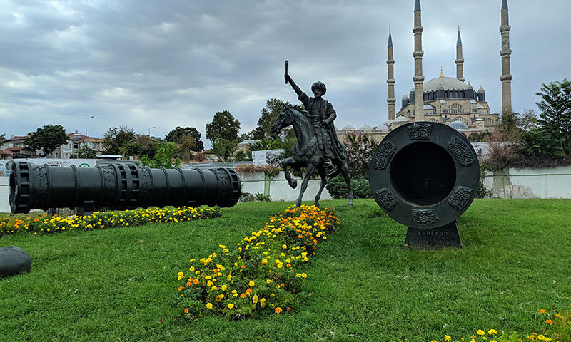 Ka Tirkiznoj obali