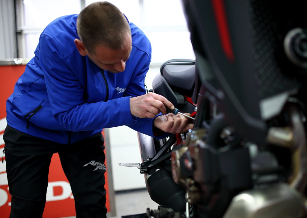 Kako redovno održavanje produžava radni vek motocikla?